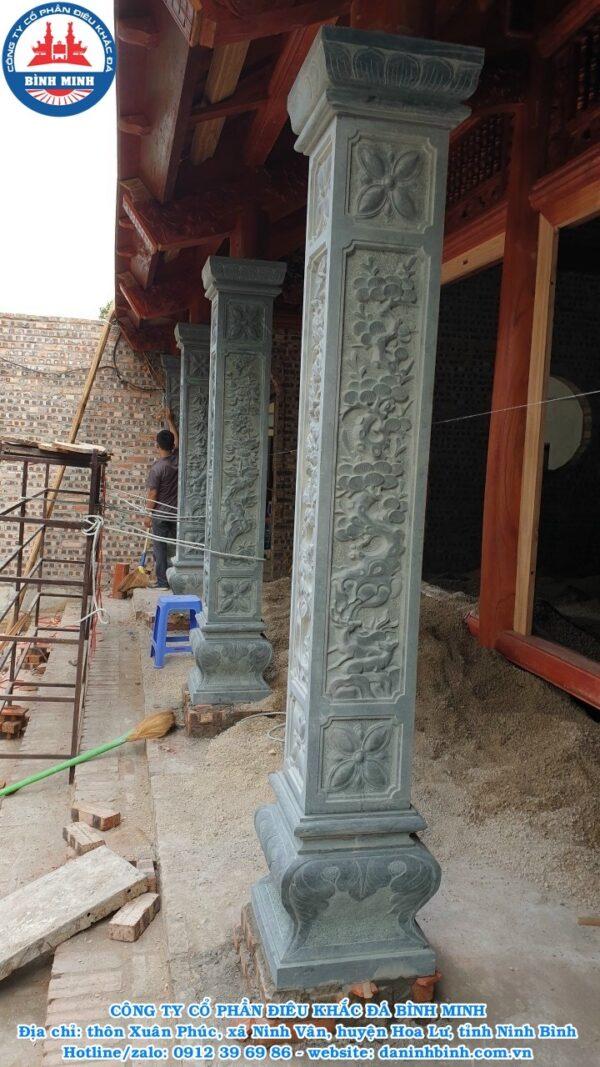 Cột bằng đá xanh rêu tự nhiên