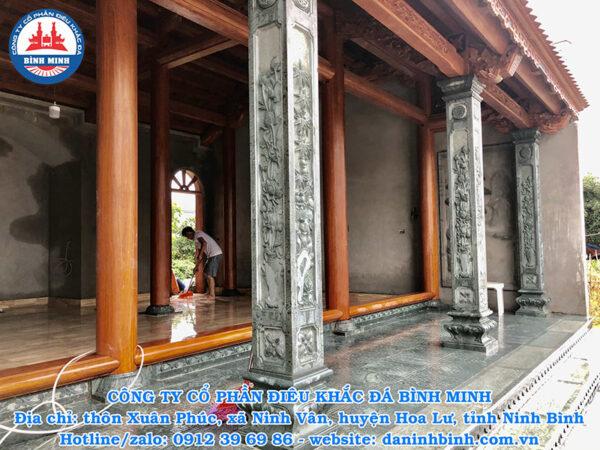 Cột đá nhà thờ họ tại Ninh Bình