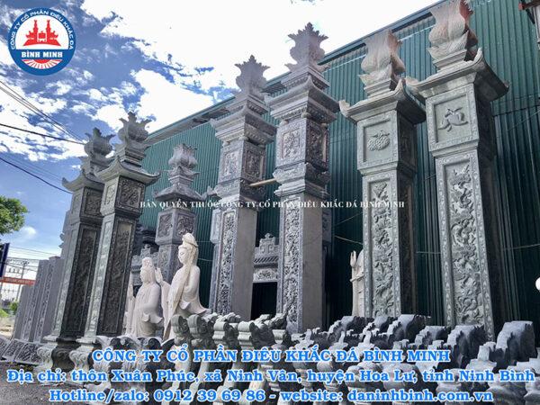 Cột đồng trụ đá Ninh Vân