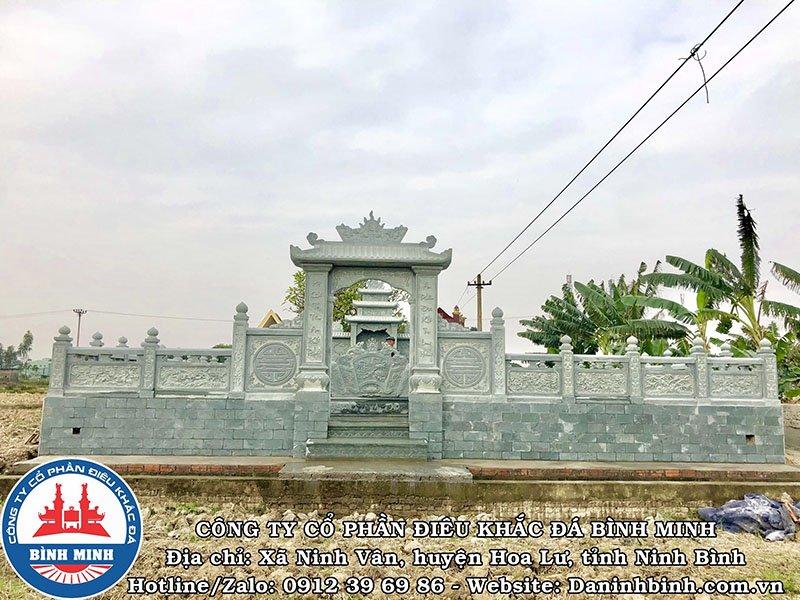 Cổng đá có mái kkhu lăng mộ