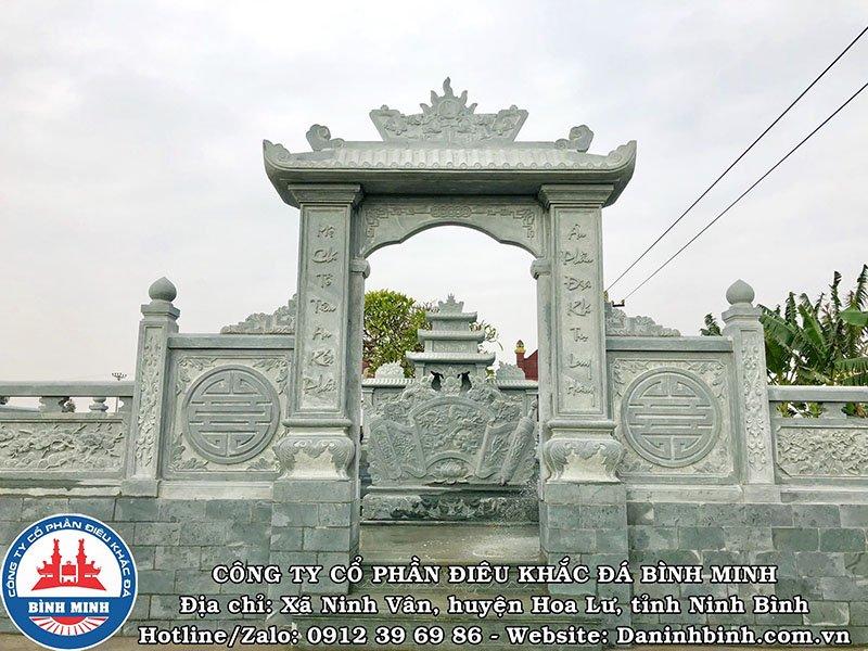 Cổng đá đẹp khu lăng mộ tại Thái Bình