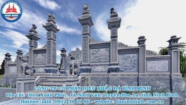 Cổng đá khu lăng mộ