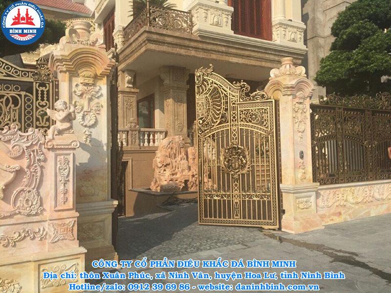 Thi công cổng nhà biệt thự, lâu đài