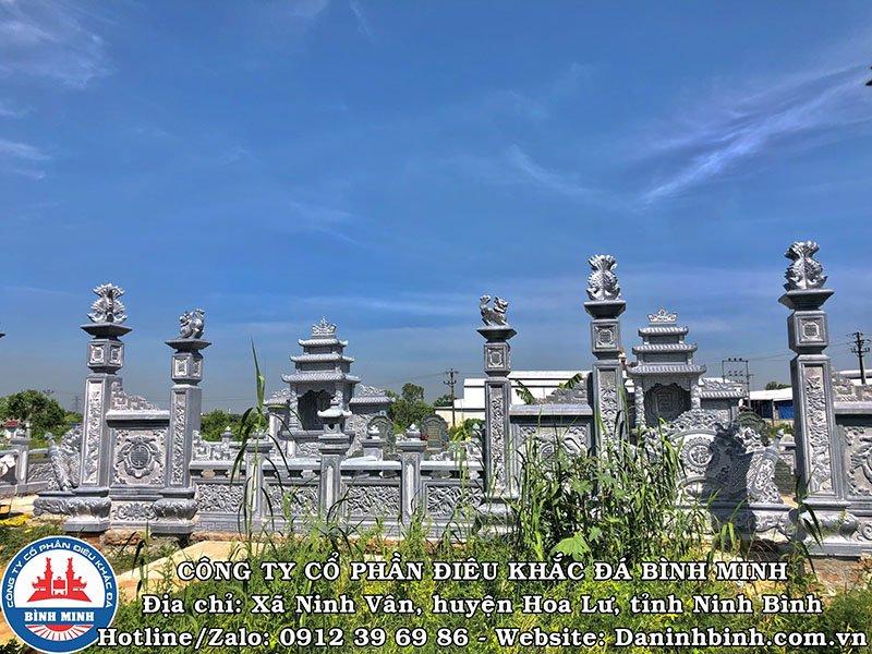 Cột đá khu lăng mộ đá đôi tại Nam Định