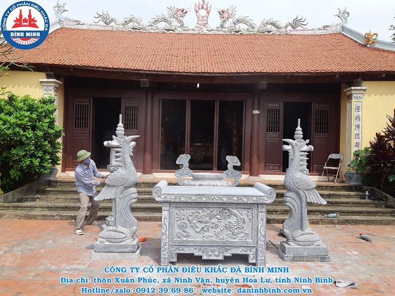 Mẫu đèn đá đẹp tại đình chùa