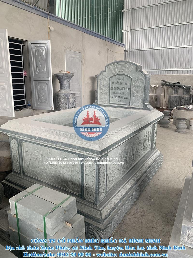 mộ đơn giản đẹp xanh rêu