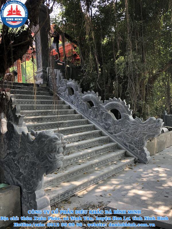 Mẫu rồng đá bậc thềm đẹp đình chùa