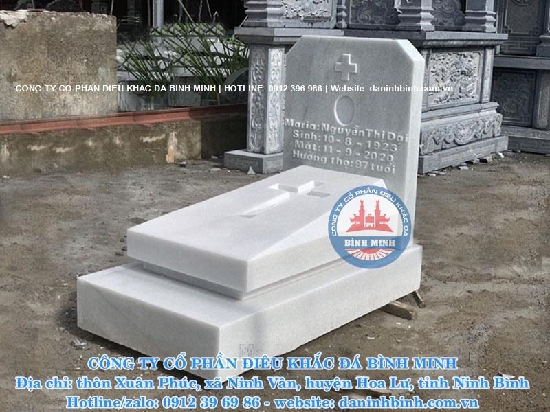 Mẫu mộ công giáo bằng đá dành cho người mất sớm