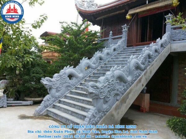 Rồng bậc thềm bằng đá đẹp