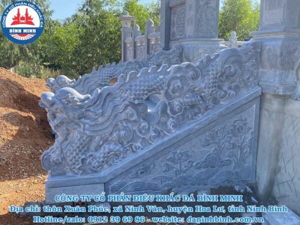 Rồng đá bậc thềm đẹp mặt tiền khu lăng mộ