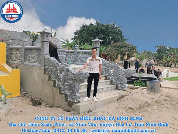 Rồng đá bậc thềm khu lăng mộ