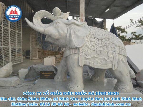 Mẫu tượng đá voi đẹp nguyên khối